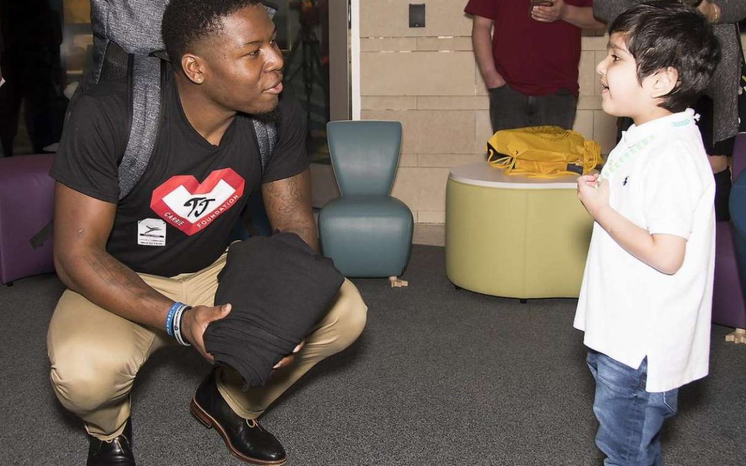 Raiders TJ Carrie Shares Scar, Experiences with Young Patients